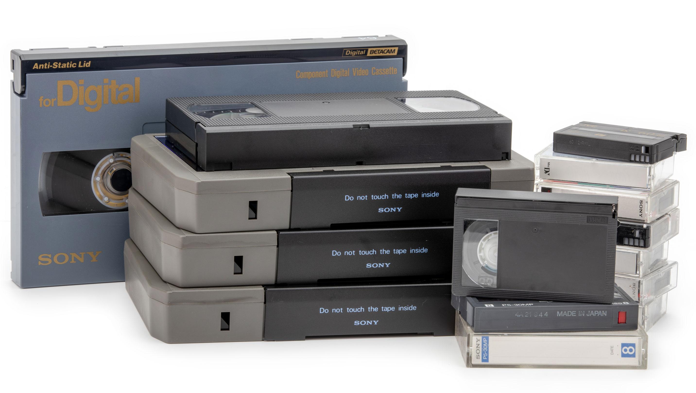 BTC-UMATIC-VHS-HI8-DV